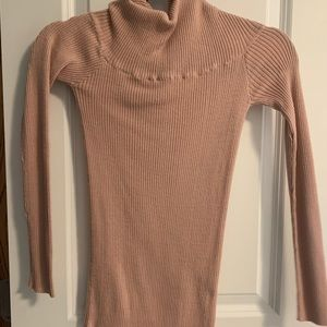 Stretchy turtleneck sweater